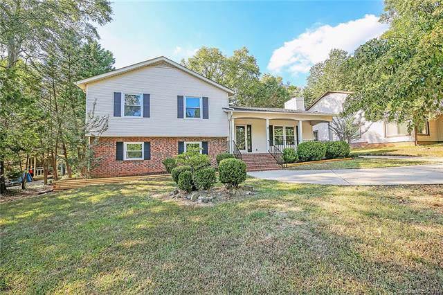 7814 Robin Crest Road, Charlotte, NC 28226 (#3557745) :: Robert Greene Real Estate, Inc.