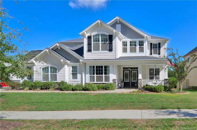 14223 Old Vermillion Drive, Huntersville, NC 28078 (#3557861) :: Keller Williams South Park