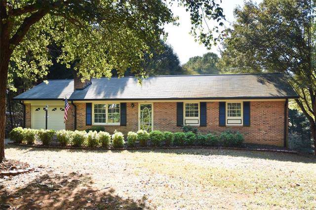 1083 Hefner Drive, Conover, NC 28613 (#3558122) :: MartinGroup Properties