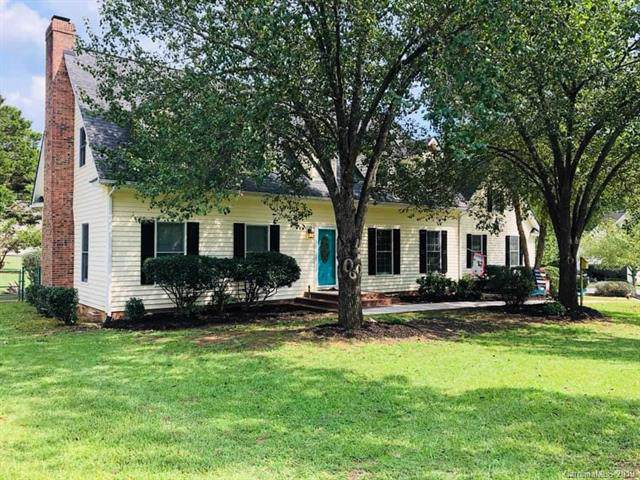 623 Rugby Road, Lancaster, SC 29720 (#3558187) :: Carlyle Properties