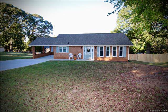 2570 Belshire Drive, Conover, NC 28613 (#3558268) :: Roby Realty