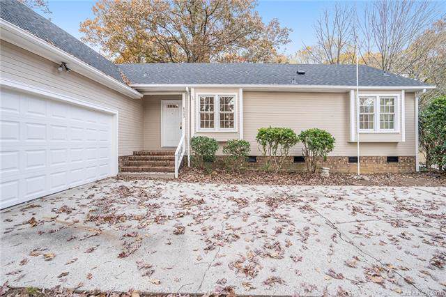 8403 Tifton Road, Charlotte, NC 28226 (#3558272) :: Stephen Cooley Real Estate Group
