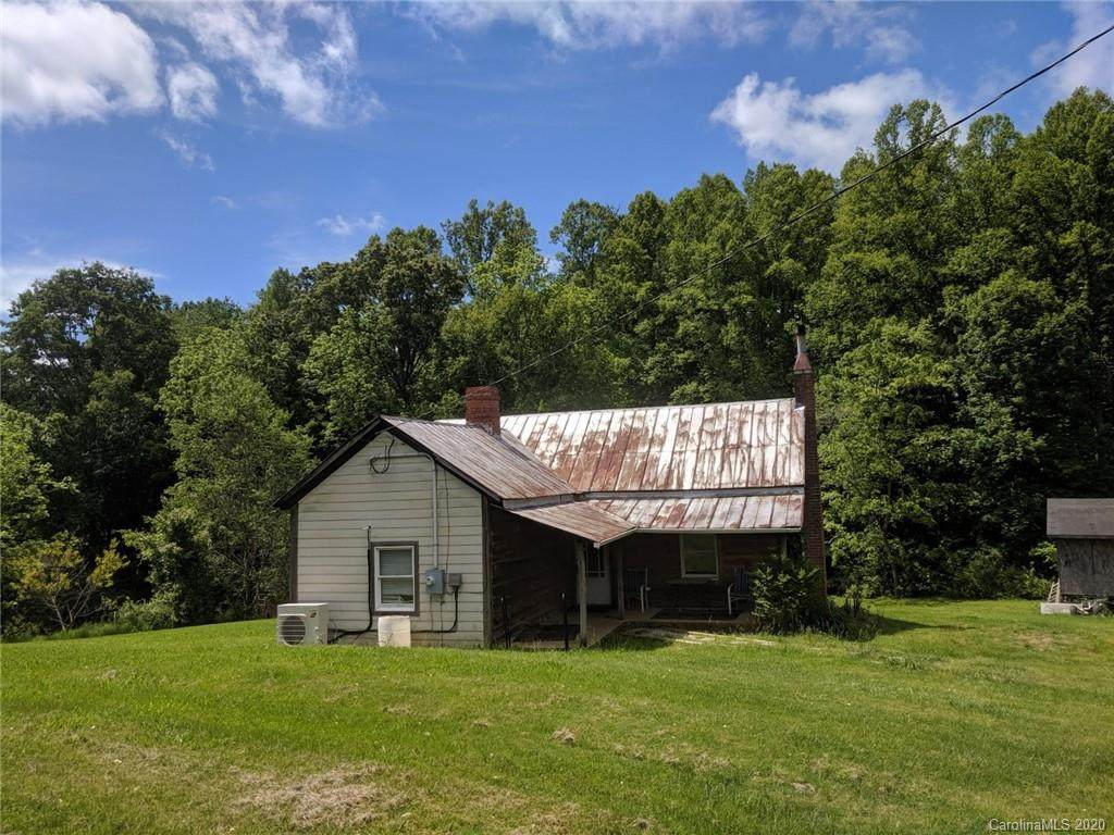 219 Tipton Hill Road, Leicester, NC 28748 (#3558508) :: Homes Charlotte