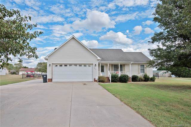 126 Deercroft Drive, Statesville, NC 28625 (#3558554) :: Robert Greene Real Estate, Inc.