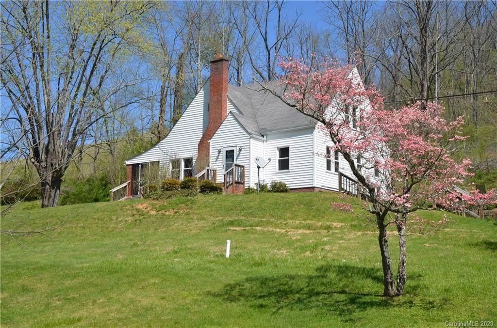 2000 Nc State Road 213 Highway, Marshall, NC 28753 (#3558667) :: Washburn Real Estate