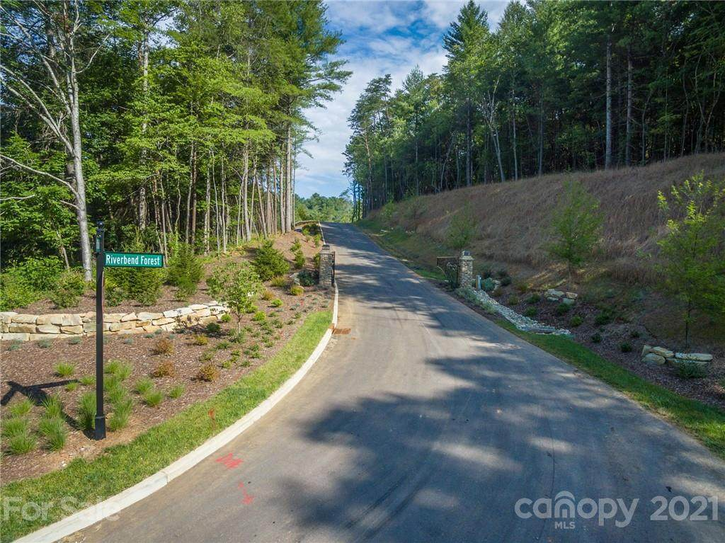 165 Riverbend Forest Drive #11, Asheville, NC 28805 (#3558759) :: BluAxis Realty