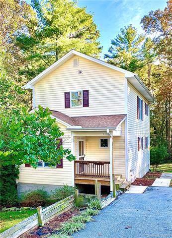 134 Victoria Springs Drive, Flat Rock, NC 28731 (#3558840) :: Keller Williams Professionals