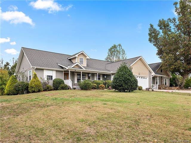 10 Chickwood Trail, Weaverville, NC 28787 (#3559016) :: Exit Realty Vistas