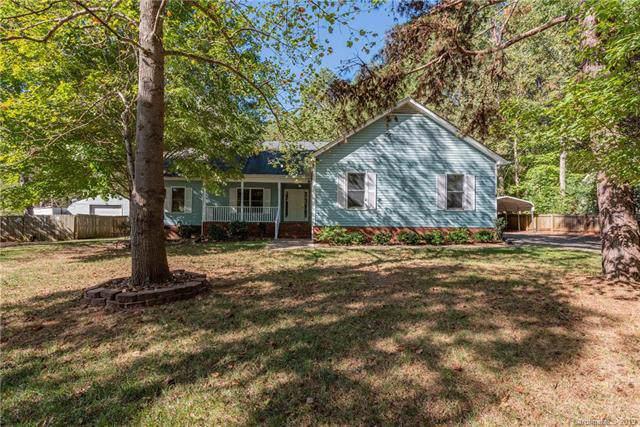 9401 Dogwood Ridge Drive, Mint Hill, NC 28227 (#3559052) :: Homes with Keeley | RE/MAX Executive