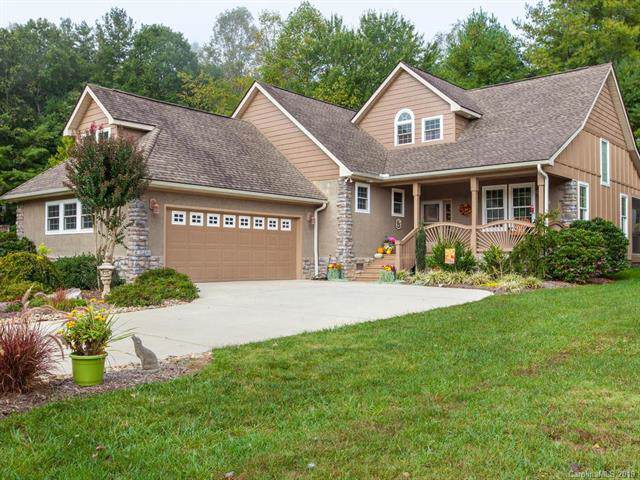 33 Triple Fairways Drive, Hendersonville, NC 28739 (#3559078) :: Keller Williams Professionals