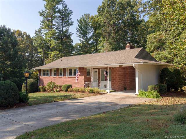 402 Smythe Street, East Flat Rock, NC 28726 (#3559098) :: Keller Williams Professionals