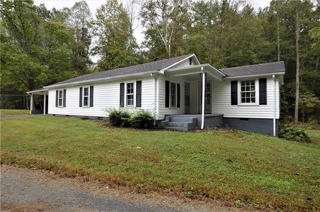 2619 Setzers Creek Road, Lenoir, NC 28645 (#3559124) :: Besecker Homes Team