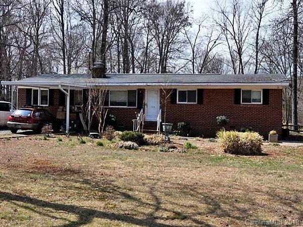 1109 Elliott Road, Charlotte, NC 28216 (#3559239) :: Stephen Cooley Real Estate Group