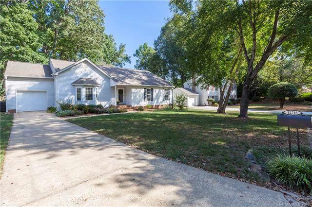 12715 Cedar Fall Drive, Huntersville, NC 28078 (#3559240) :: Scarlett Property Group