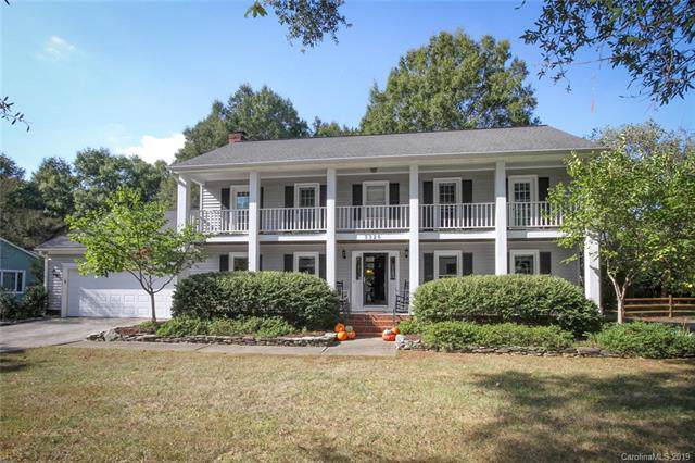 3326 Thaxton Place, Charlotte, NC 28226 (#3559300) :: Scarlett Property Group