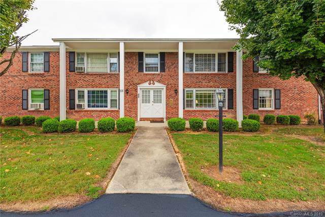 55 Brookside Drive #31, Hendersonville, NC 28792 (#3559362) :: Stephen Cooley Real Estate Group