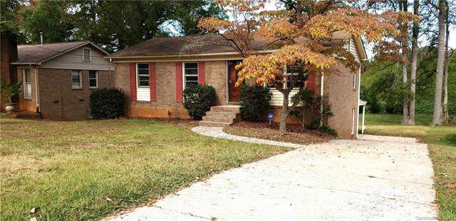 5113 Curtiswood Drive, Charlotte, NC 28213 (#3559432) :: Carlyle Properties