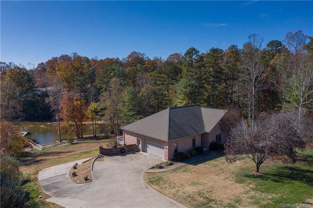 495 Windsor Drive, Taylorsville, NC 28681 (#3559535) :: High Performance Real Estate Advisors