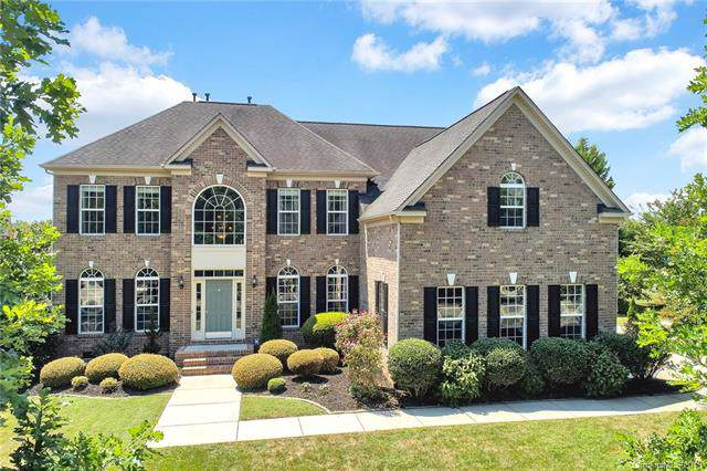 7607 Berryfield Court, Waxhaw, NC 28173 (#3559747) :: Mossy Oak Properties Land and Luxury