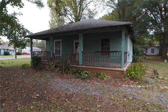 118 Globe Street, Mount Holly, NC 28120 (#3559830) :: Roby Realty