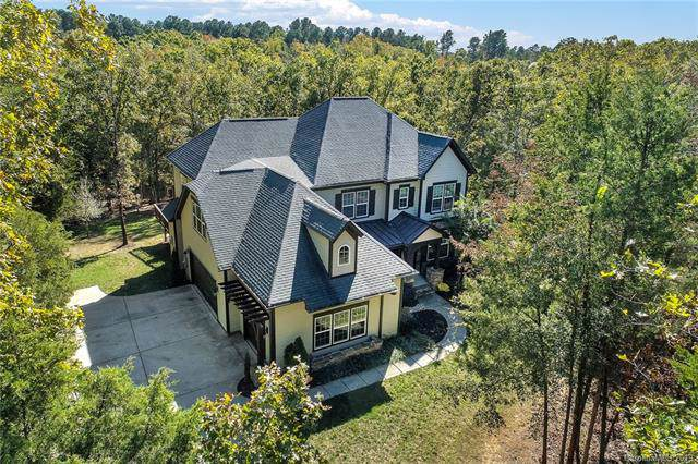 6897 Pine Moss Lane, Lake Wylie, SC 29710 (#3559876) :: Stephen Cooley Real Estate Group