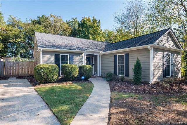2725 Lytham Drive, Charlotte, NC 28210 (#3559948) :: Carlyle Properties