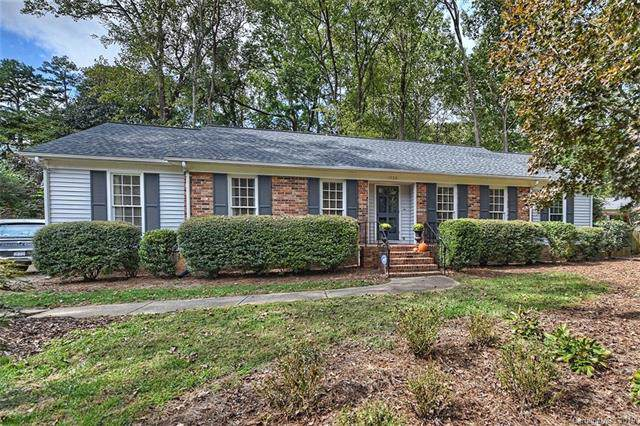 1908 Wandering Way Drive, Charlotte, NC 28226 (#3560041) :: High Performance Real Estate Advisors