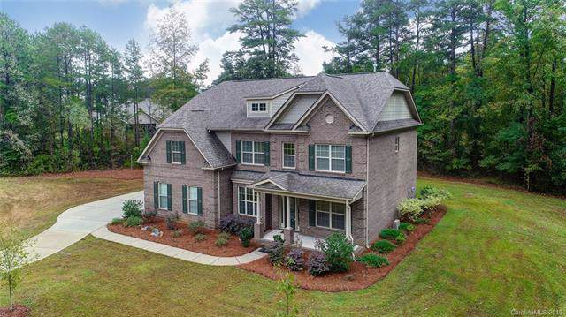 12610 Hashanli Place, Matthews, NC 28105 (#3560322) :: Mossy Oak Properties Land and Luxury