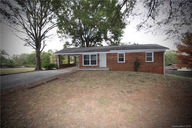 2500 Belshire Drive, Conover, NC 28613 (#3560379) :: Roby Realty