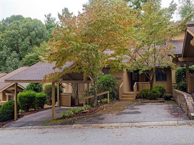1102 Red Oak Drive, Hendersonville, NC 28791 (#3560413) :: The Ramsey Group