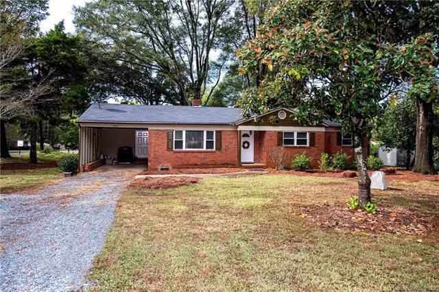 7507 Wilson Grove Road, Mint Hill, NC 28227 (#3560468) :: Rinehart Realty