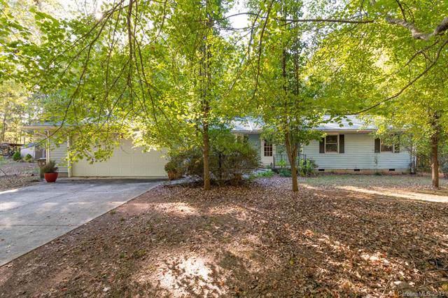 8704 Karibuni Drive, Waxhaw, NC 28173 (#3560888) :: Mossy Oak Properties Land and Luxury