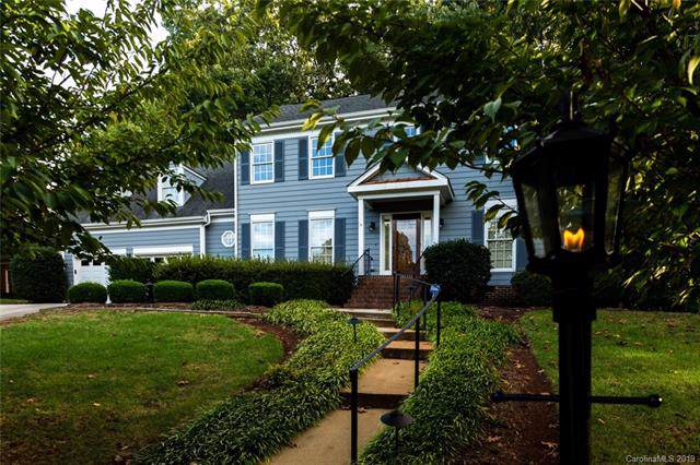 819 Cithara Drive, Matthews, NC 28105 (#3560919) :: Scarlett Property Group