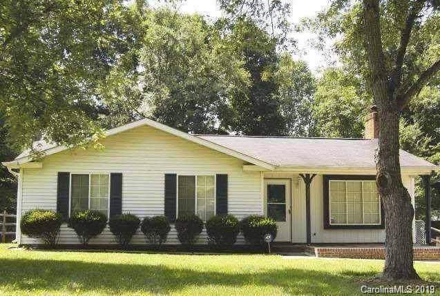 6307 Big Oak Lane Level, Charlotte, NC 28227 (#3560925) :: Charlotte Home Experts