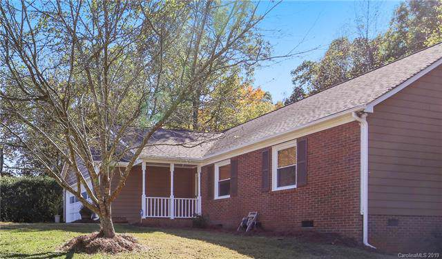 5904 Scots Bluff Drive, Charlotte, NC 28227 (#3560941) :: Stephen Cooley Real Estate Group