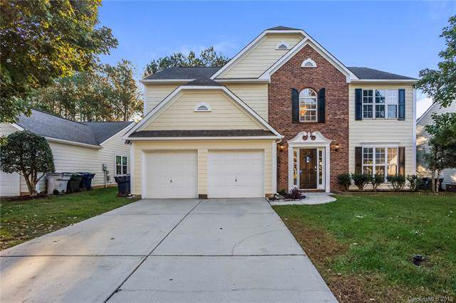 7714 Autumnview Court, Huntersville, NC 28078 (#3561090) :: Puma & Associates Realty Inc.