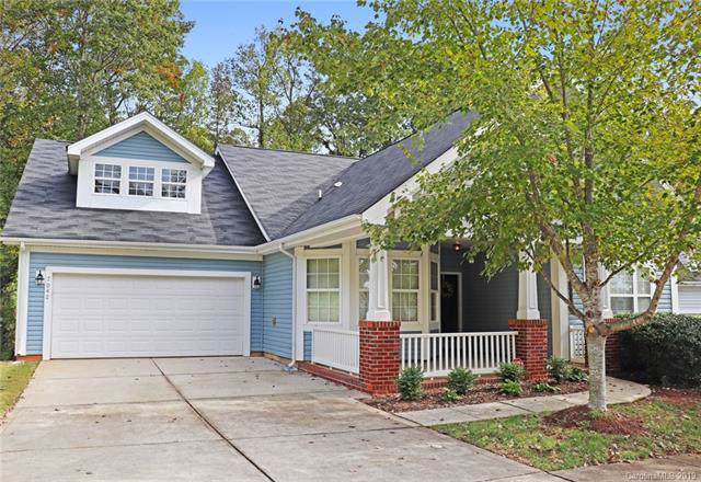 7042 Carrington Pointe Drive, Huntersville, NC 28078 (#3561271) :: Roby Realty