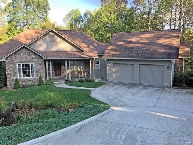60 Fernridge Court, Flat Rock, NC 28731 (#3561292) :: Puma & Associates Realty Inc.