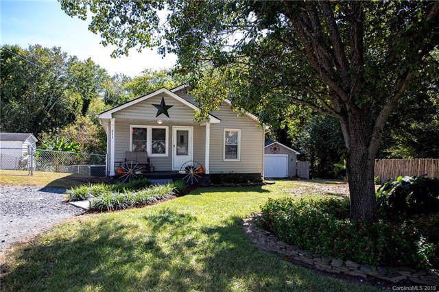 211 W Parkwood Street, Stanley, NC 28164 (#3561357) :: Rhonda Wood Realty Group