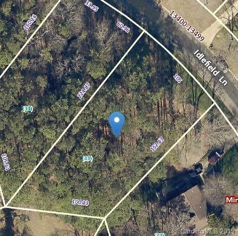 13424 Idlefield Lane, Matthews, NC 28105 (#3561462) :: MartinGroup Properties