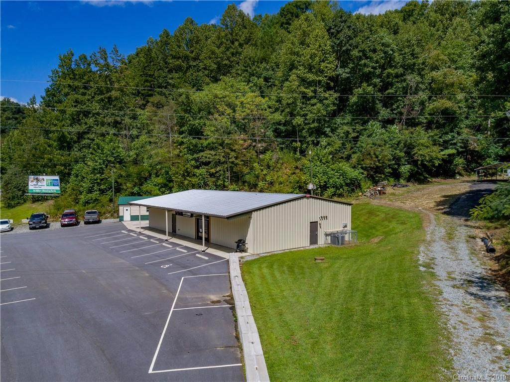 2280 Blowing Rock Boulevard, Lenoir, NC 28645 (#3561877) :: Scarlett Property Group
