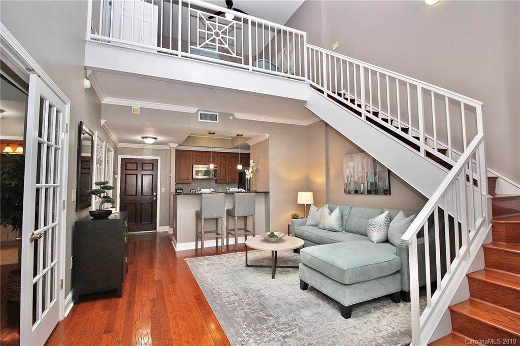 300 W 5th Street #719, Charlotte, NC 28202 (#3561963) :: High Performance Real Estate Advisors