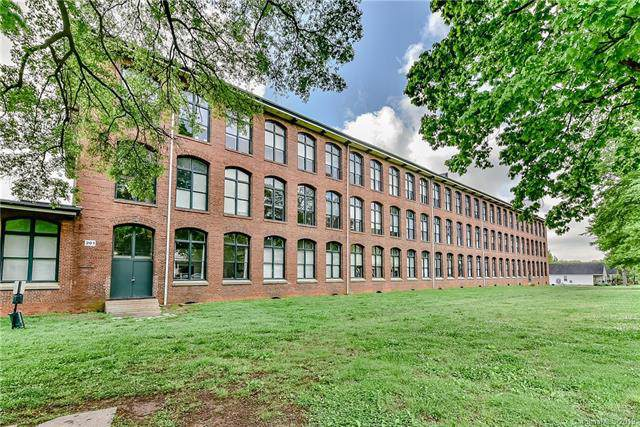 201 Hoskins Road #113, Charlotte, NC 28208 (#3562478) :: Puma & Associates Realty Inc.