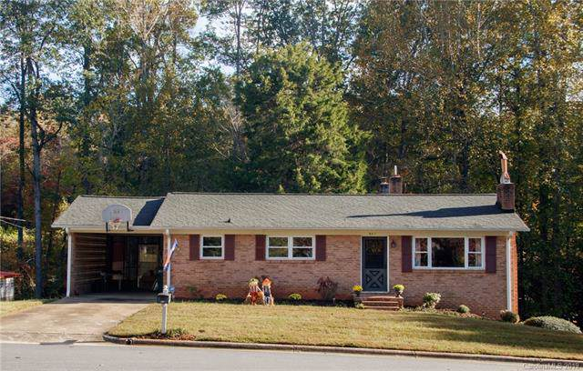 521 Westside Drive, Newton, NC 28658 (#3562548) :: Zanthia Hastings Team