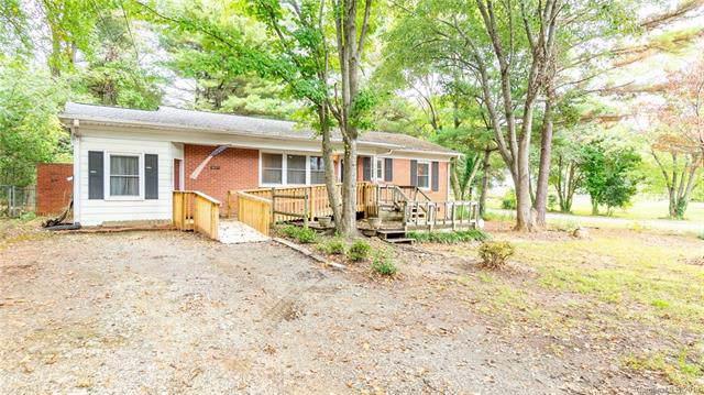 1548 E Perry Street, Gastonia, NC 28054 (#3562573) :: Besecker Homes Team