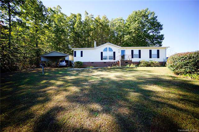 140 Oakstone Drive, Statesville, NC 28677 (#3562813) :: Charlotte Home Experts