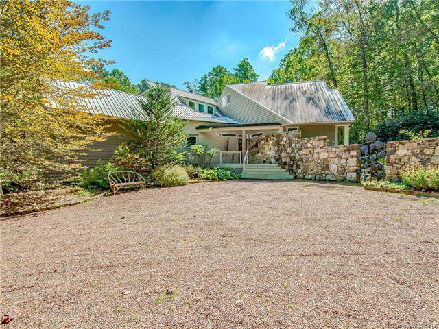 315 Mills Creek Trace, Lake Toxaway, NC 28747 (#3562989) :: Miller Realty Group