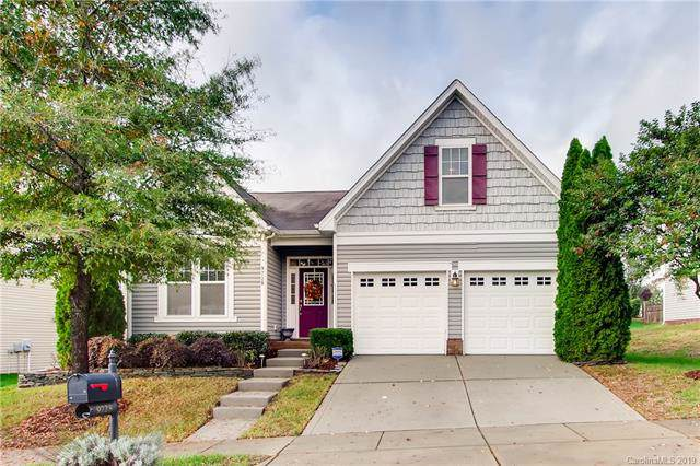9728 Long Hill Drive, Charlotte, NC 28214 (#3563246) :: Stephen Cooley Real Estate Group