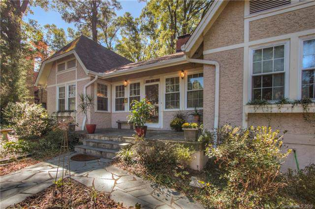 207 Forest Hill Lane, Gastonia, NC 28052 (#3563278) :: Caulder Realty and Land Co.