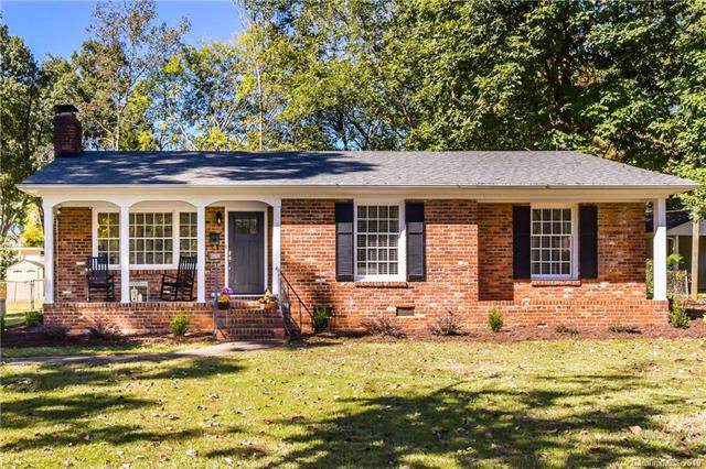 5418 Seacroft Road, Charlotte, NC 28210 (#3563289) :: The Andy Bovender Team